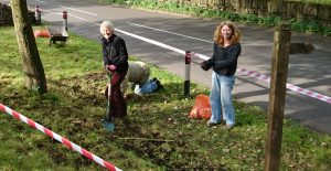 Val Leaver & Jackie Murdock bulb planting at the Pinfold